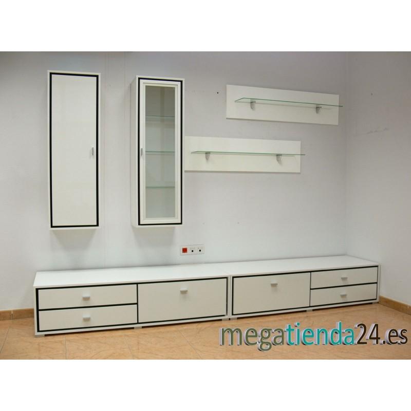 Mueble de sal n de 3 metros de longitud con acabados en brillo for Mueble salon 3 metros